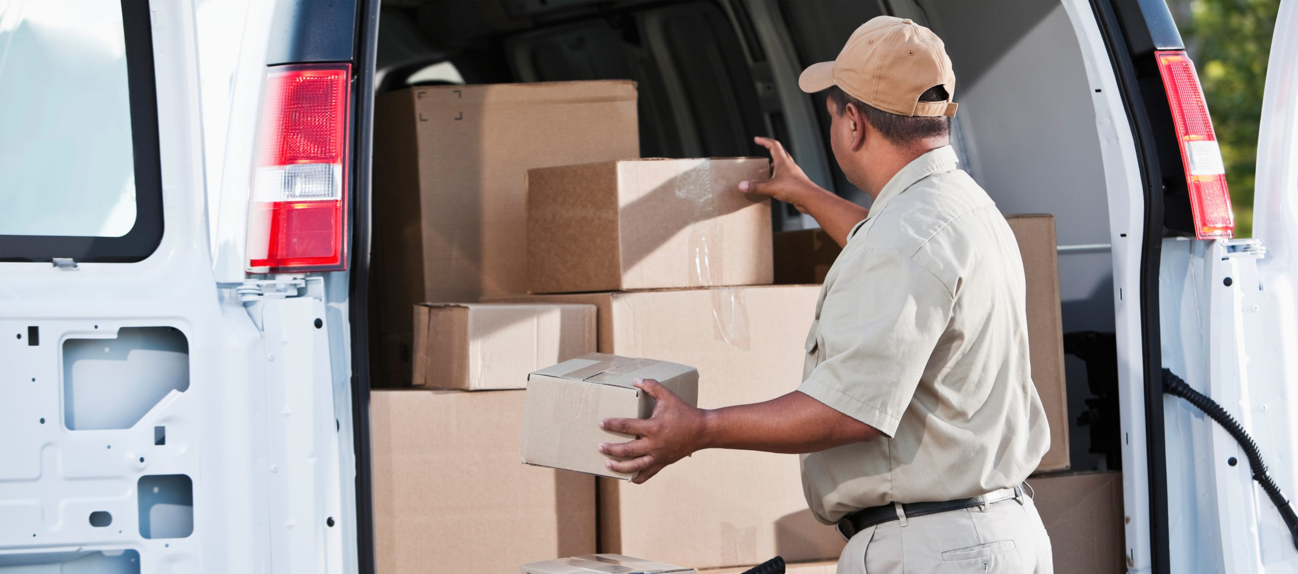 How parcel locker content detection technology will help postal operators manage parcels